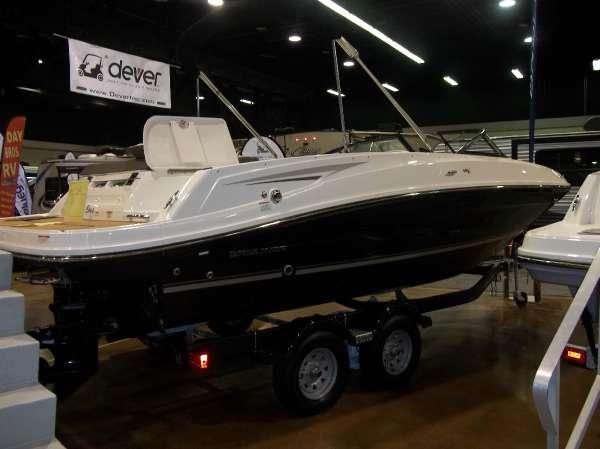 Bayliner VR6 Bowrider