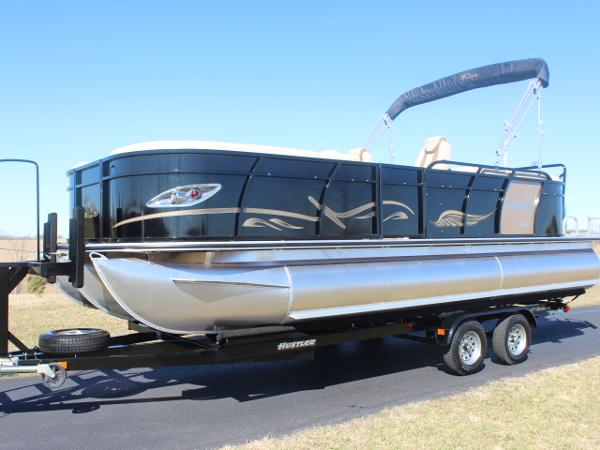 Bentley Pontoons 223 Elite Cruise - 140hp