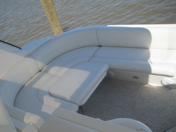 Aft Seating w/filler pad