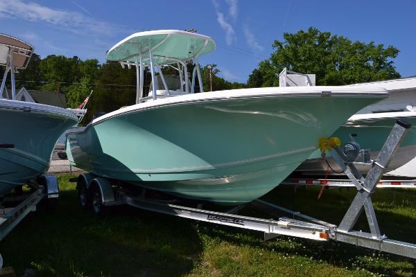 Tidewater Boats 230 CC