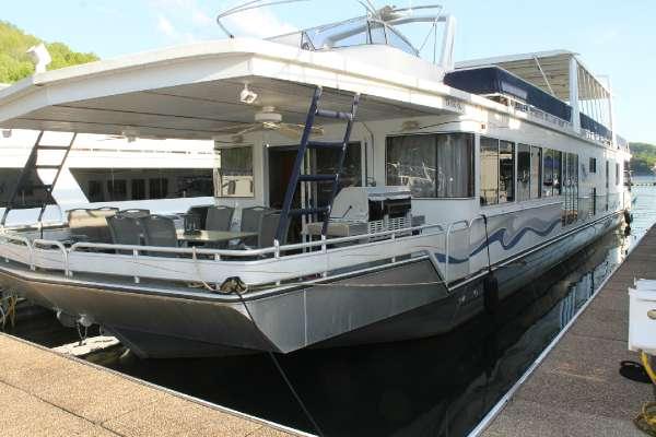 Fantasy Yachts 19x90