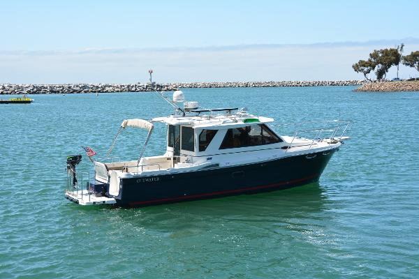 Cutwater 28 Starboard Profile(Actual Boat)