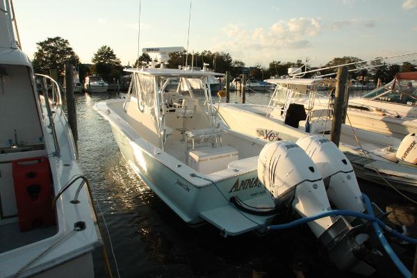 Jarrett Bay 32 Semi-Custom Main Profile