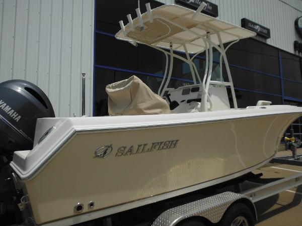 Sailfish 220 CC