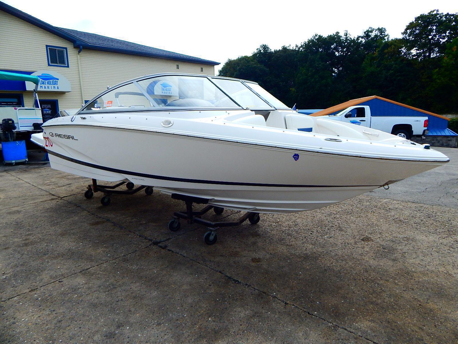 Regal Sport Boat 1900 Bowrider