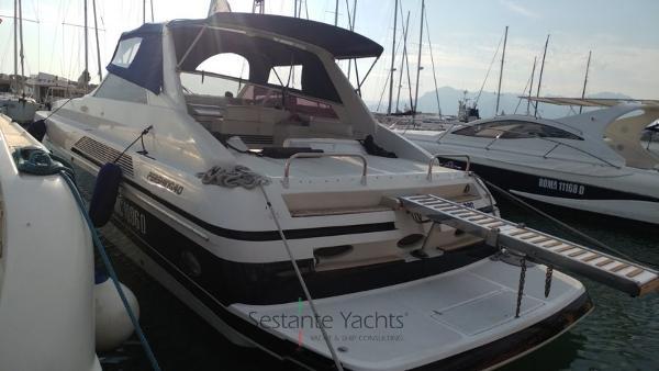 Pershing 40 Pershing 40  (121) Sestante Yachts brokerage company