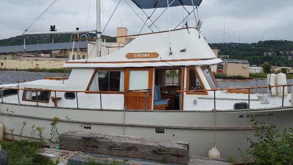 Albin 33 Aft Cabin Trawler