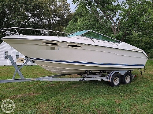 Sea Ray 220 Overnighter 1990 Sea Ray 220 Overnighter for sale in Knoxville, TN