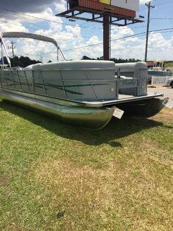 Bentley 240 Fish and Cruise