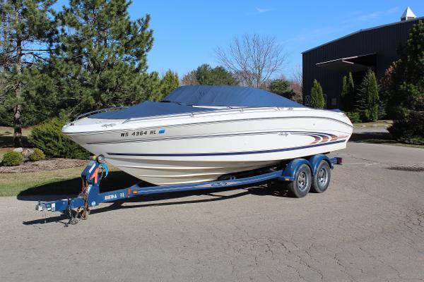 Sea Ray 230 Sea Ray