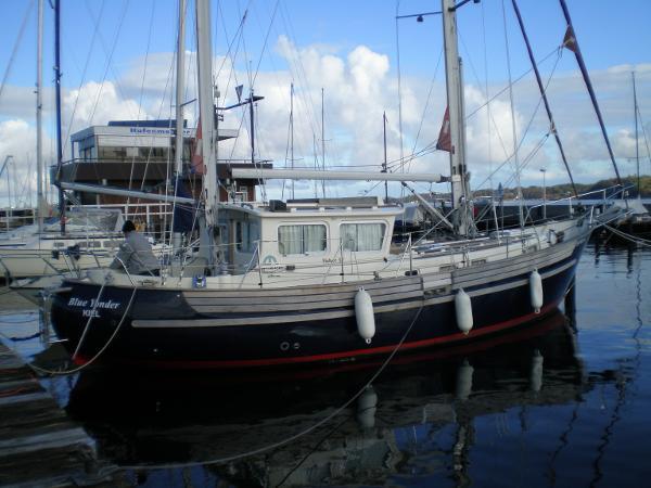 Fisher 37 Blue Yonder