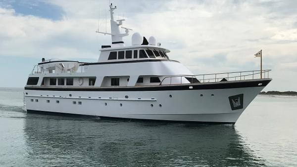 Cheoy Lee 103 Motor Yacht Cheoy Lee 103 Motor Yacht