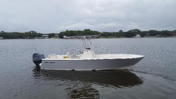 Sea Born LX 24 SE