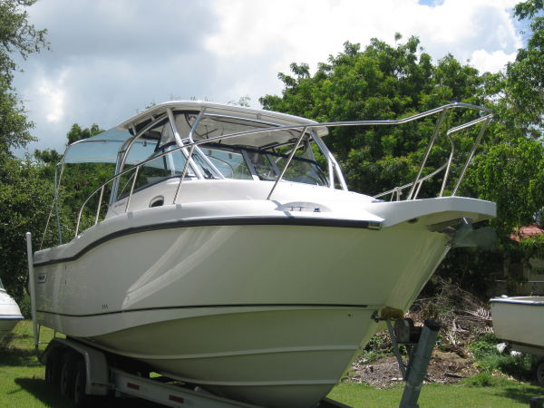 Boston Whaler Conquest Photo 1