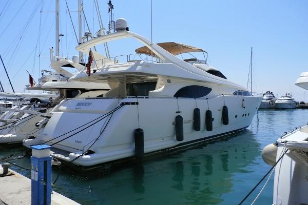 Ferretti Yachts Custom Line 94 Ferretti Yachts Custom Line 94