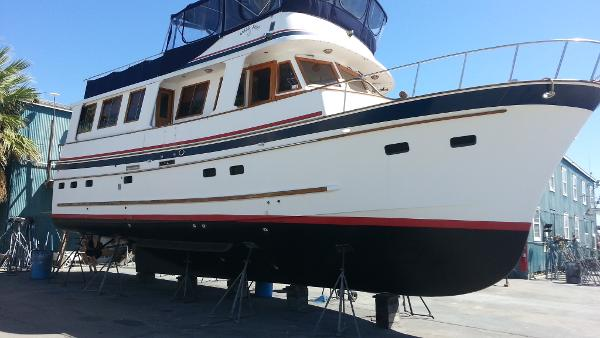 Marine Trader 50 Wide Body