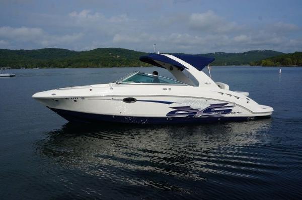 Chaparral 287 Sport Boat