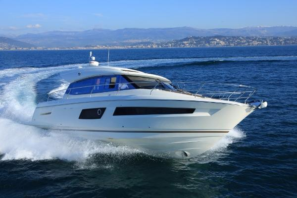Prestige 450 S Manufacturer Provided Image - Prestige 450S 2016
