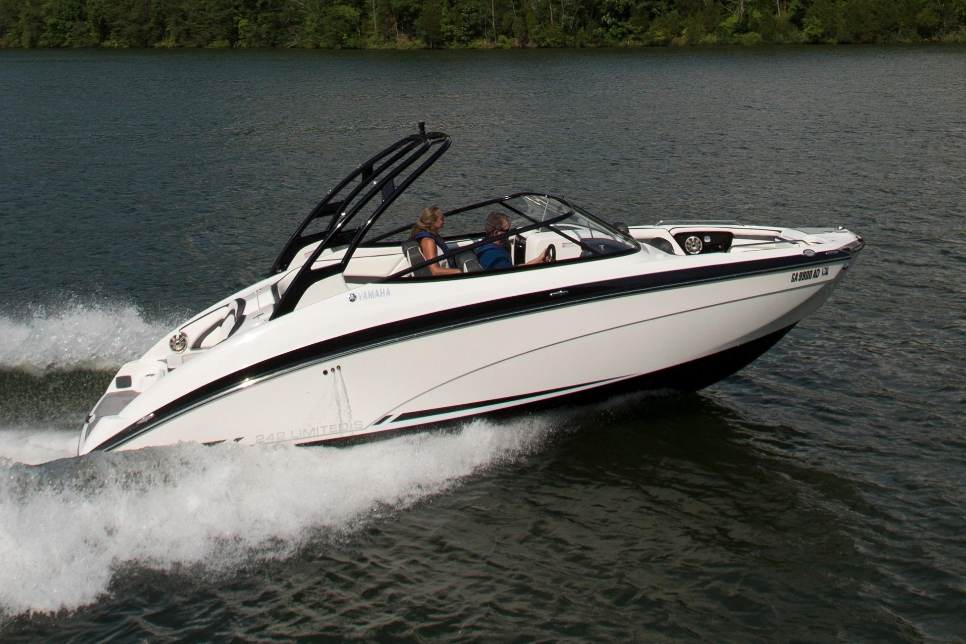 New runabout yamaha boats for sale for Yamaha 242 for sale