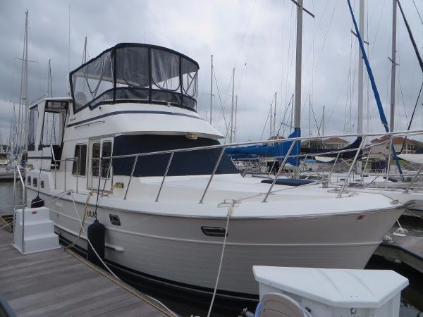 Heritage East 36 Sundeck Trawler