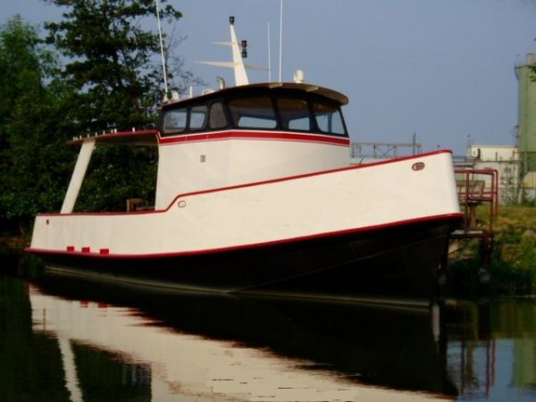 Custom Built Steel Pleasure Tug Photo 1