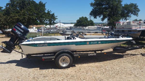 Champion Boats 186