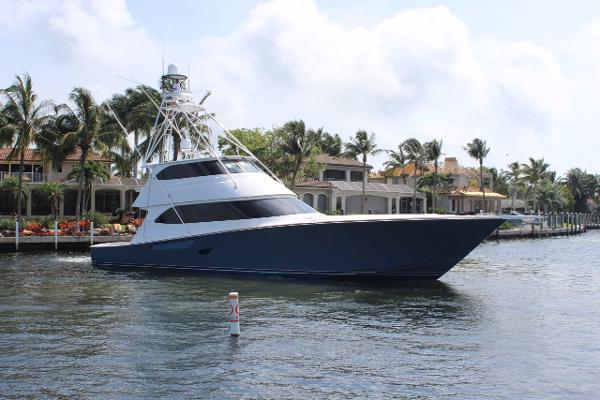 Viking 82 Convertible Profile