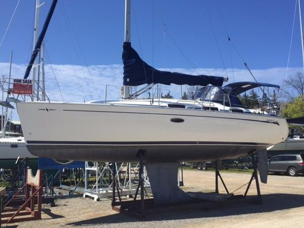 Bavaria Cruiser 33 On the hard ready to launch