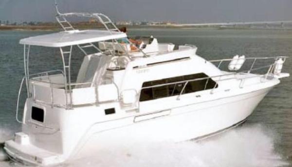 Mainship Motor Yacht