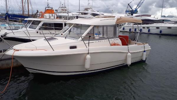Jeanneau Merry Fisher 725 Jeanneau Merry Fisher 725