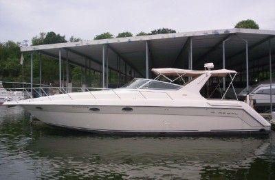 Regal 402 Cruiser Photo 1