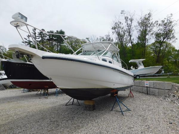 Boston Whaler 295 Conquest