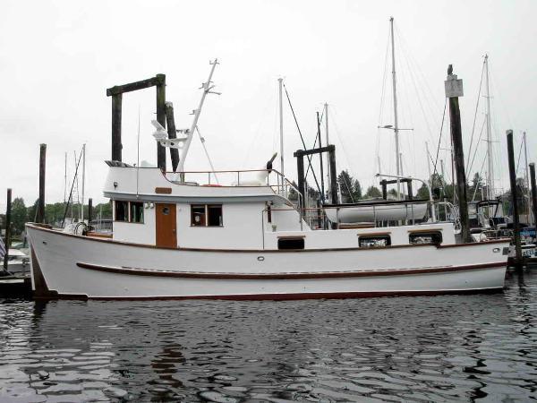 Trawler Thames built