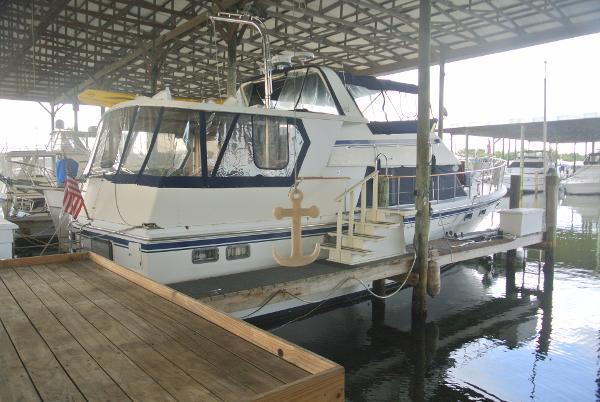 Chb 48 Seamaster Exterior