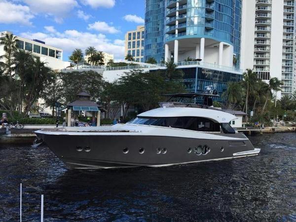 Monte Carlo Yachts MCY 76 76' Monte Carlo Yachts 2014