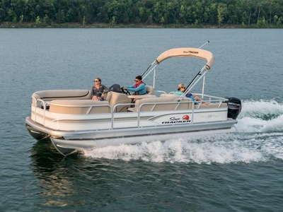 Sun Tracker PARTY BARGE 22 DLX FOURSTROKE 20 ELPT WI