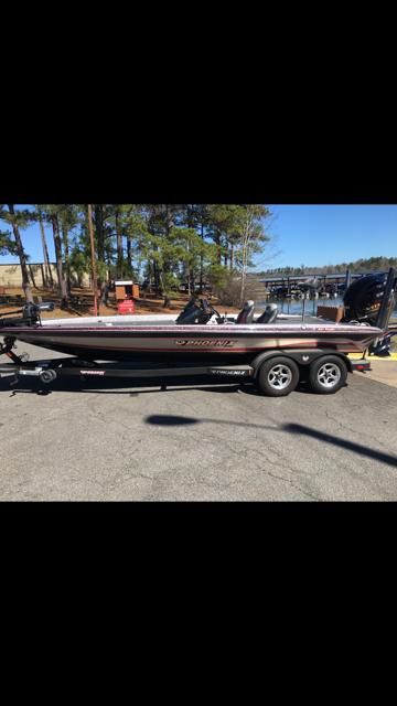 Phoenix Bass Boats 921 ProXP