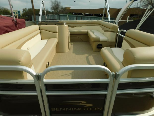 Bennington 168 SL
