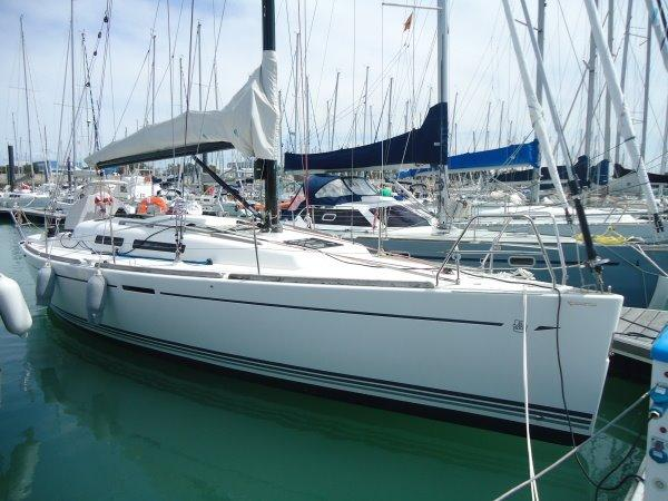 Dufour 34 e Performance