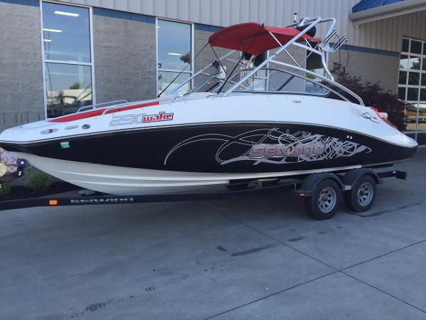 Sea Doo 230 Wake