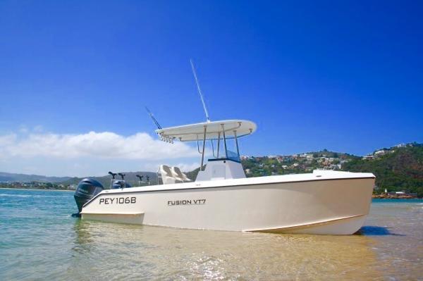 Vision VT7 FUSION Power Catamaran