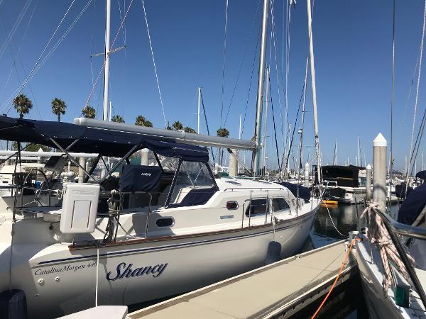 Catalina 440
