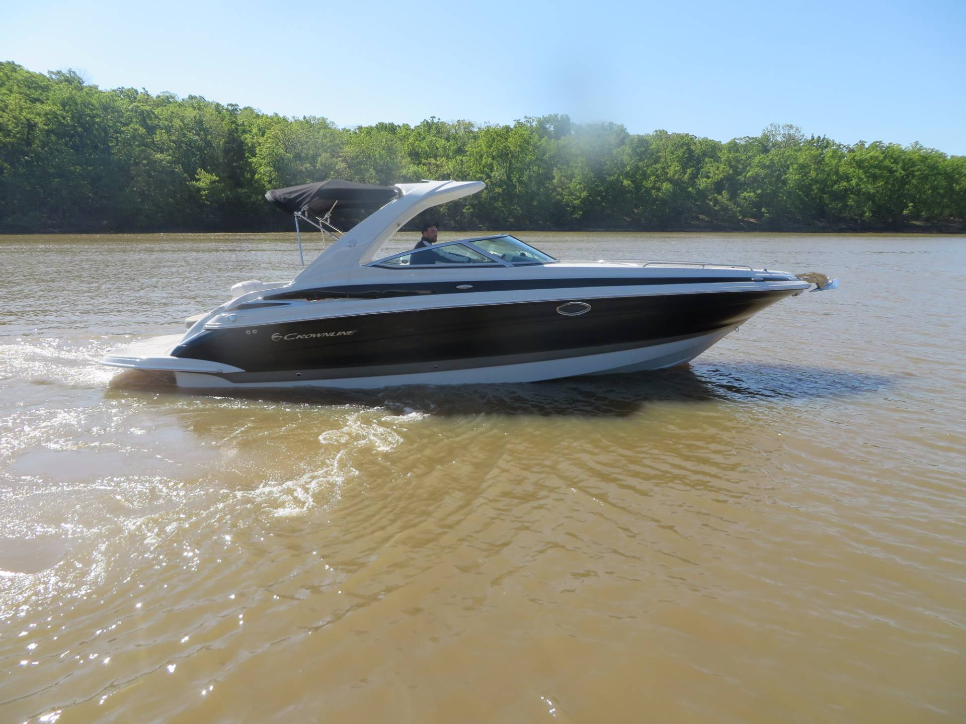 Crownline 335SS