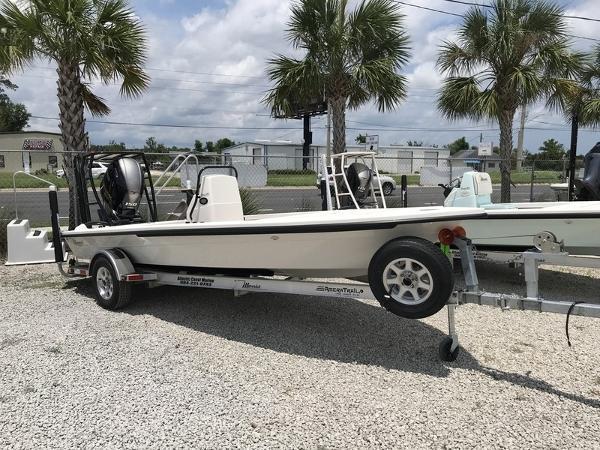 Maverick Boat Co. 18 HPX