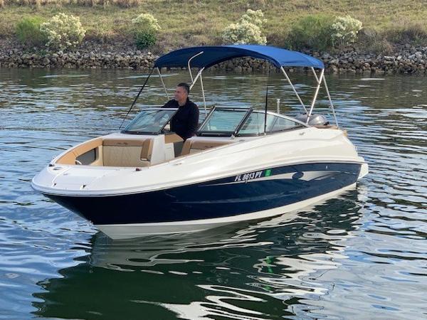 Sea Ray 240 Sundeck OB
