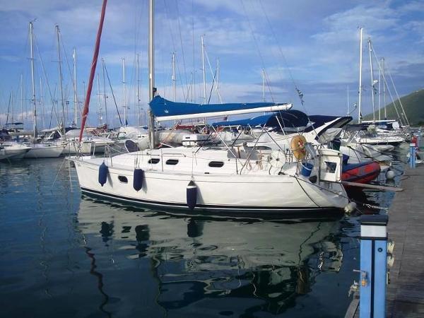 Dufour Gib'Sea 33 Dufour Gibsea 33 - Sailing Boat