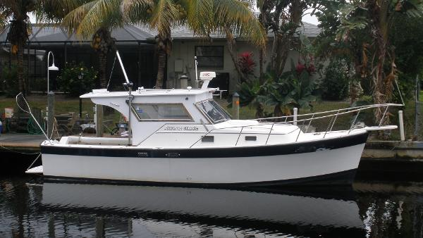 Luhrs 30 Alura Classic