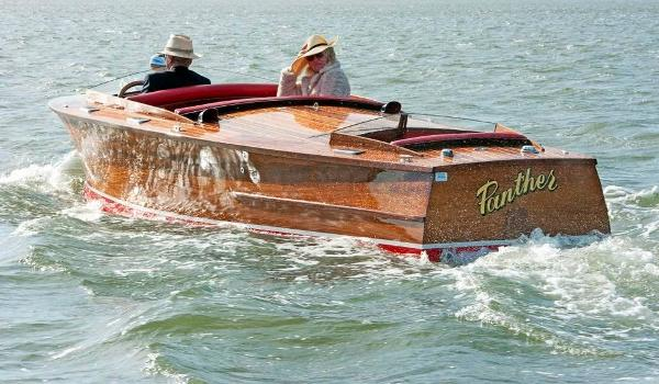 Custom British Power Boat Company 22 Runabout
