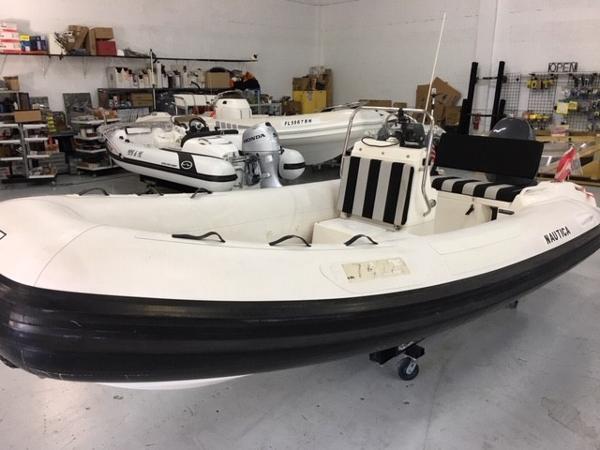 Nautica 17 WB