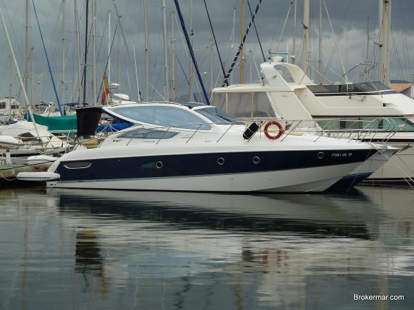 Cranchi Mediterranee 43 HT Used Motor Yacht Cranchi Mediterranee 43 HT